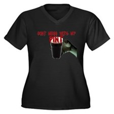 dont mess with my pint Women's Plus Size V-Neck Da