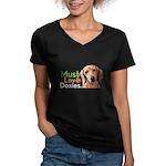Must Love Doxies Women's V-Neck Dark T-Shirt