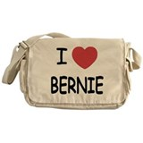 I heart BERNIE Messenger Bag