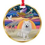 Amer Eskimo Dog Round Ornament
