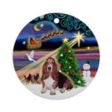 XmasMagi - Basset Hound Ornament (Round)