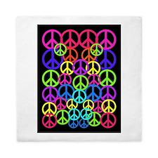 Peace Symbol FF.PNG Queen Duvet