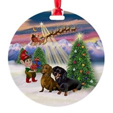 Dachshund Pair Christmas Tree Ornament (Round)
