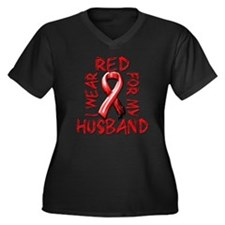 I Wear Red for my Husband Women's Plus Size V-Neck