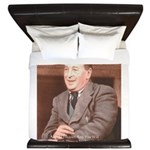 CS Lewis Aim At Heaven Quote Gifts King Duvet