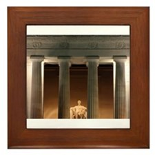 Lincoln memorial at night Framed Tile