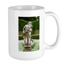 Elizabeth 2 Mug