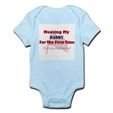 Cool My daddy is a soldier Infant Bodysuit