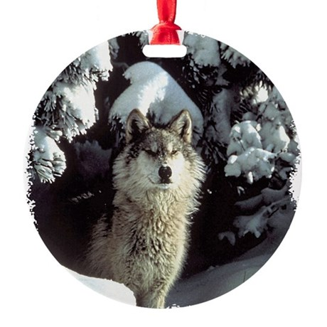 gray wolf Round Ornament