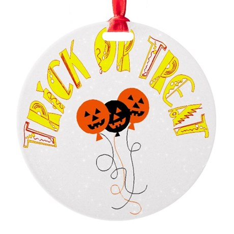 pumpkin5.png Round Ornament