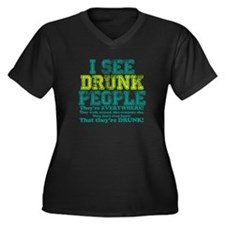 I See Drunk People Women's Plus Size V-Neck Dark T