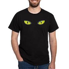 Yellow green cat eyes - halloween T-Shirt