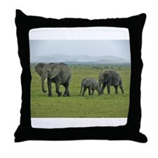 mara elephant family kenya collection Throw Pillow
