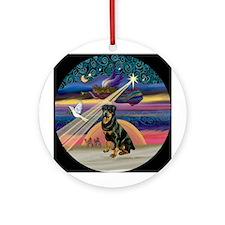Xmas Star Rottweiler Ornament (Round)