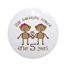 5th Anniversary Love Monkeys Ornament (Round)