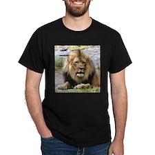 LION MALE T-Shirt
