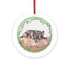 Chihuahua Christmas Ornament (Round)