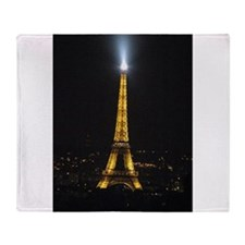 Paris with Vicki 013.jpg Throw Blanket