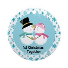 Cute Kissing Snowmen 1st Christmas Ornament (Round