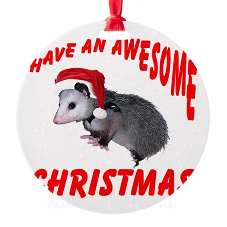 santaspossum2.png Round Ornament