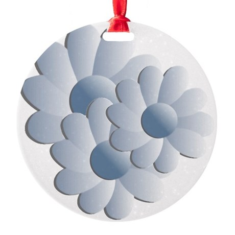 daisy5c2.png Round Ornament