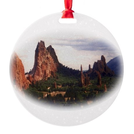 Offroad Majesty Round Ornament