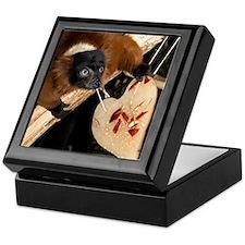 Red Ruffed Lemur with Heart Keepsake Box