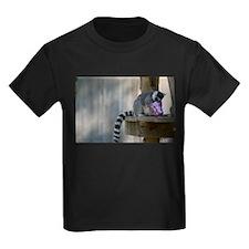 Lemur With Easter Bucket Kids Dark T-Shirt
