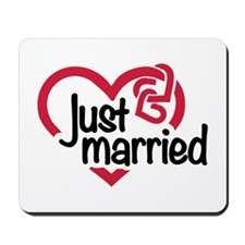 Just married heart Mousepad