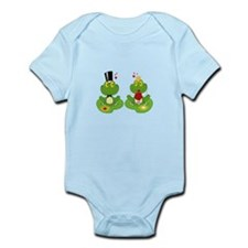 cute bride and groom froggy frog couple Infant Bod