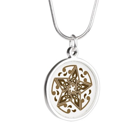 Celtic Star Silver Round Necklace