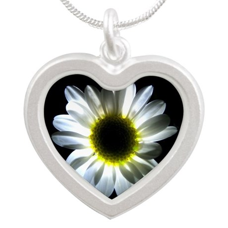Illuminated Daisy Silver Heart Necklace