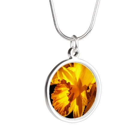 Illuminated Daffodil Silver Round Necklace