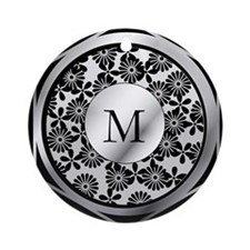 Ornate patterned monogram silver and black print O
