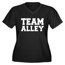 TEAM ALLEY Women's Plus Size V-Neck Dark T-Shirt