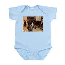 1902 Curvy Infant Bodysuit