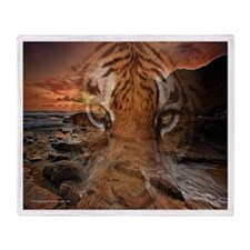 Tiger shore Throw Blanket