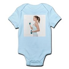 Woman lifting weights - Infant Bodysuit