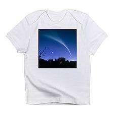 Artwork of a comet - Infant T-Shirt