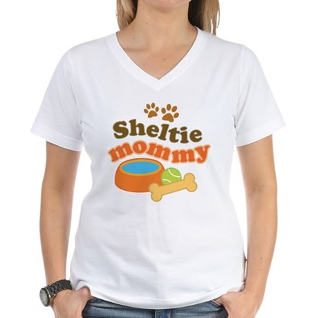 Sheltie Mommy Women's V-Neck T-Shirt