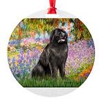 GARDEN-Newfie-Blk2.png Round Ornament