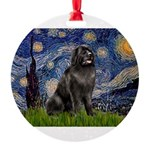 STARRY-Newfie-Blk2.png Round Ornament