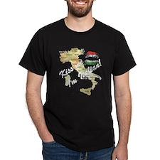 """""""Kiss Me, I'm Italian"""" T-Shirt"""