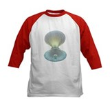Scallop shell and pearl - Tee