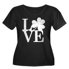 Lovely Shamrock Plus Size T-Shirt