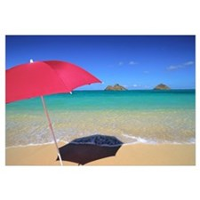 Hawaii, Oahu, Mokulua Islands, Red Umbrella And Sh