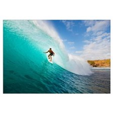 Hawaii, Maui, Kapalua, Surfer Tides Perfect Wave A