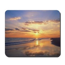 Ocean at sunset with rays of light Mousepad