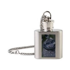 Dutch Oven,close-up Flask Necklace