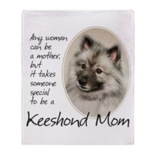 Keeshond Mom Throw Blanket